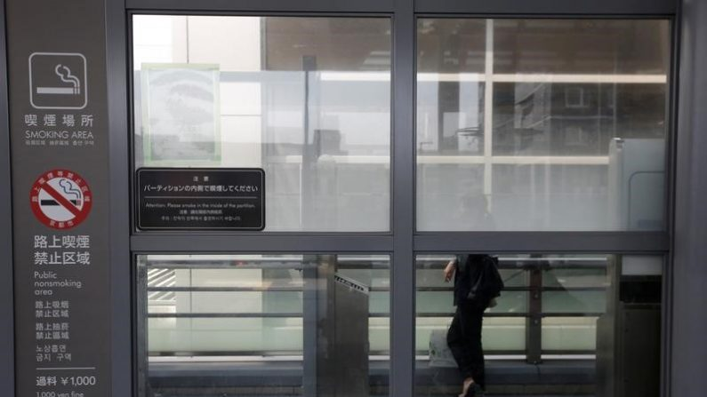 焦点:受動喫煙対策の厚労省案、大幅に後退 東京五輪は煙の中