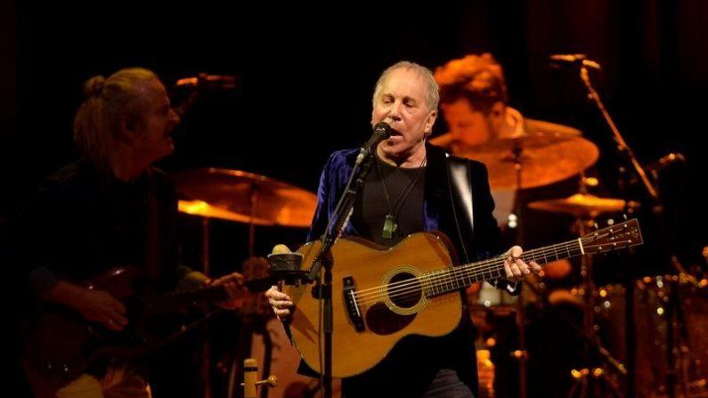 ポール・サイモンが公演活動からの引退発表、今年のツアー最後に