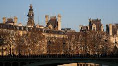 パリに外国人観光客戻る、人気トップはルーブル美術館