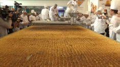 トルコで500キロ超える伝統菓子「バクラバ」、世界記録に認定