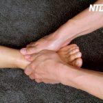不眠・頭痛などに効く 足のマッサージ