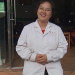 両足のない女医 6,000人の貧困者に医療支援