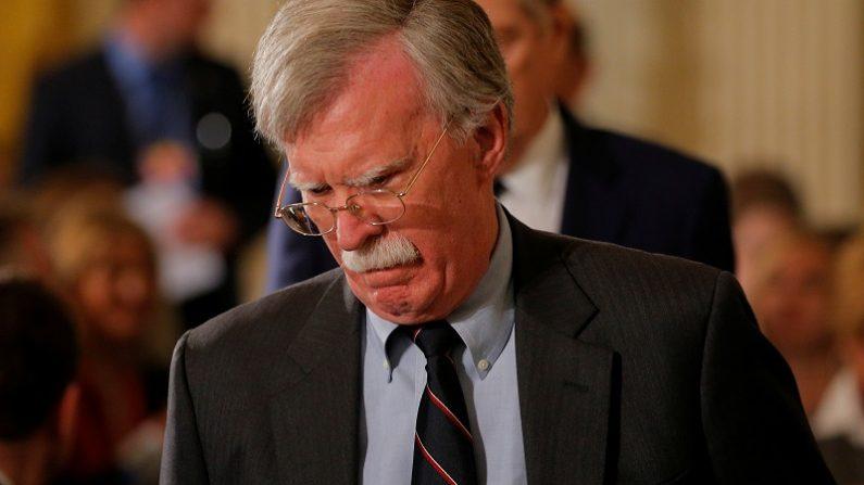 米国、イランと取引の欧州企業に制裁科す可能性=大統領補佐官