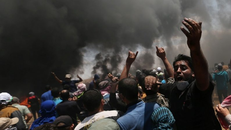 ガザでイスラエル軍発砲、58人死亡 米大使館移転抗議で
