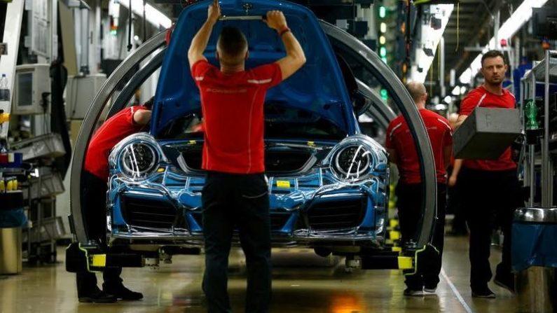 独自動車業界、EVへの移行で7.5万人の雇用失われる可能性