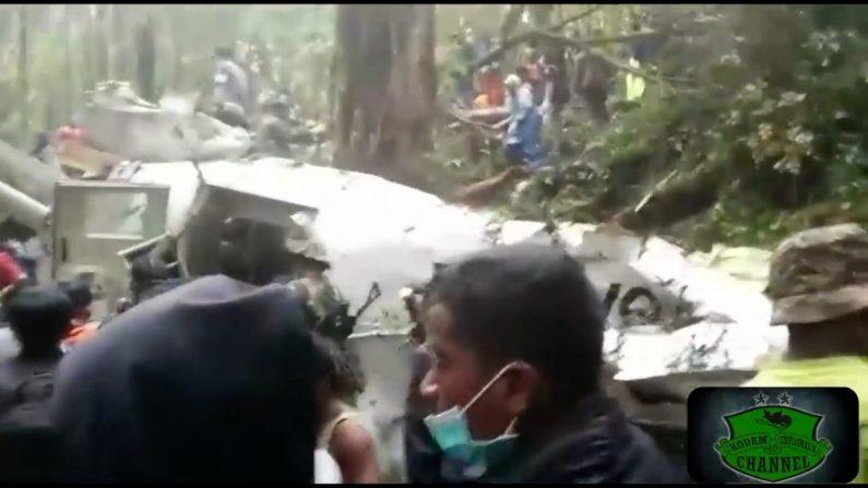 【インドネシア】航空機墜落 12歳の少年1人をのぞいて全員死亡