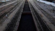 パキスタン、中国「一帯一路」鉄道事業予算を約2300億円削減