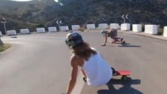 【シビれる】スケボーガール達が急斜面を滑走 海岸沿いのドリフト超天国