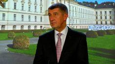 【動画ニュース】チェコ首相 内閣職員のファーウェイ製品使用禁止