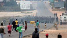 ベネズエラ、支援物資搬入巡り国境で衝突 米は「具体措置」発表へ
