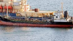 ロシアのタンカー、制裁対象の北朝鮮の船に海上で燃料供給