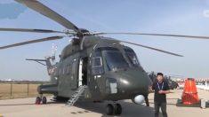 【動画ニュース】中国で「香港突撃」演習中のヘリ墜落 11人死亡