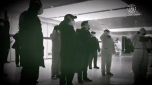 武漢の臨時病院で広場ダンス? 患者は中で自生自滅