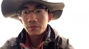 「共産党退陣」を呼びかけた大学生 当局に拘束
